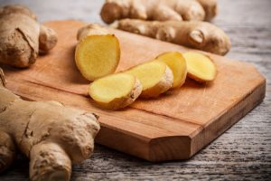 Here are 17 natural home remedies with ginger root